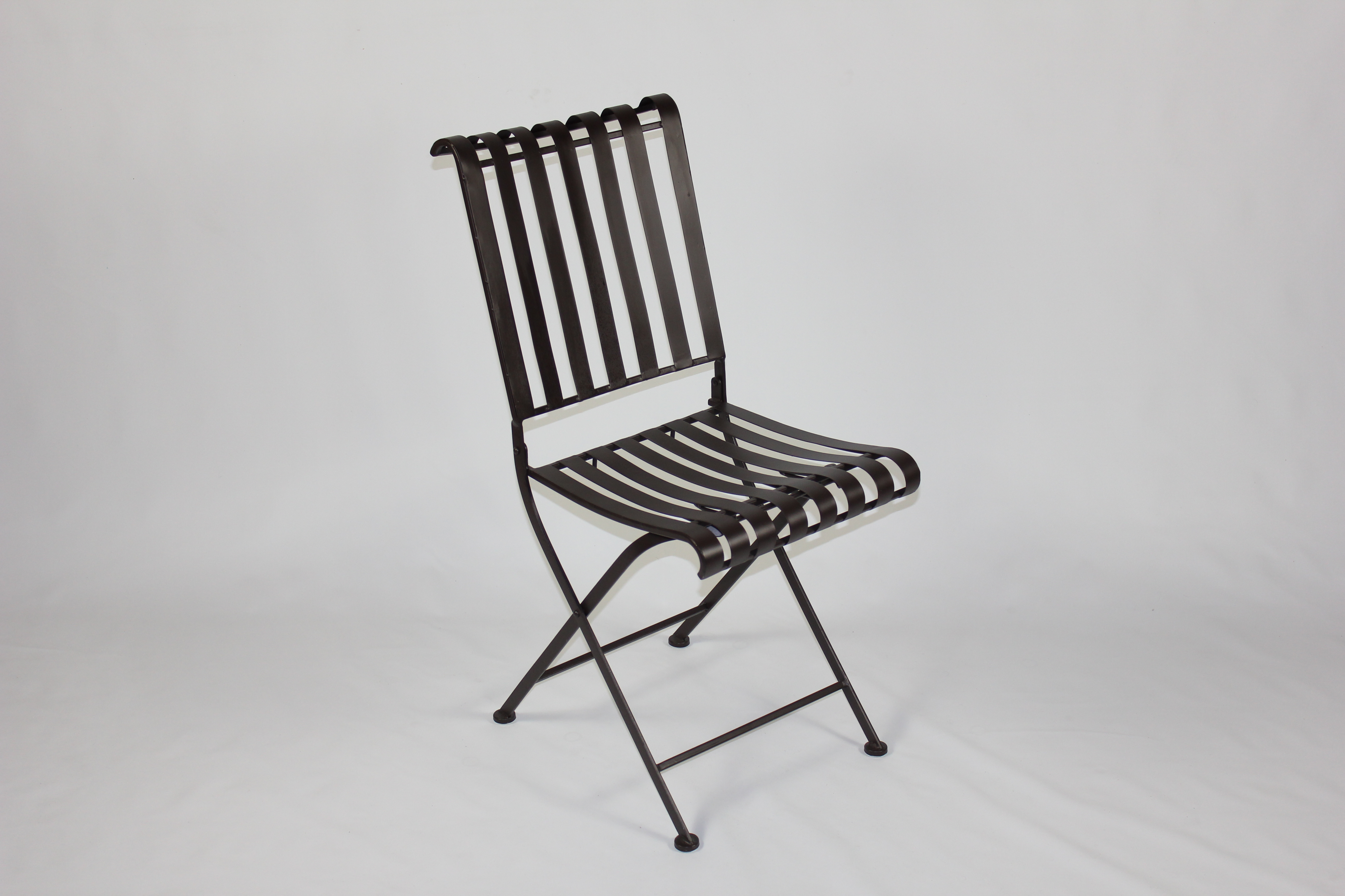 Rounded Metal Folding Chair