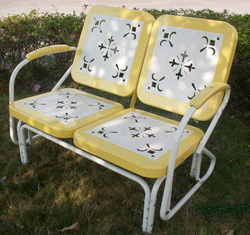 Excellent Metal Retro Glider Yellow And White Bralicious Painted Fabric Chair Ideas Braliciousco